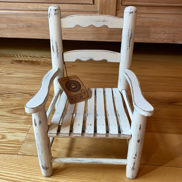 Miniature wood chair from Boyd's Bears